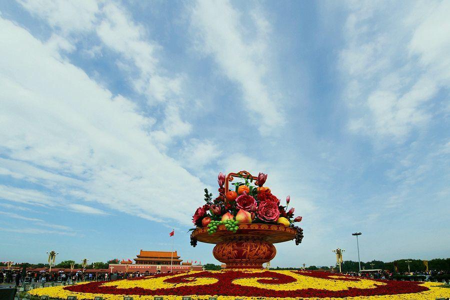 电动葫芦厂国庆节快乐